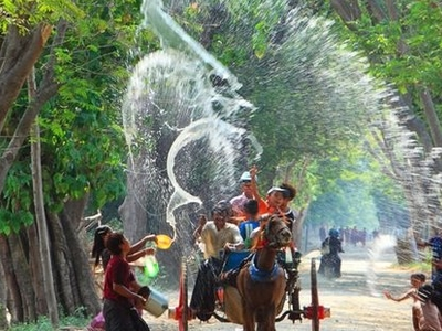 Thingyan Water Festival Myanmar!  Who Wanna Join Our Fantastic Event !