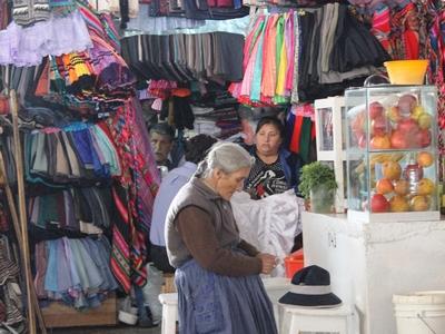 Cusco  Getting A Juice