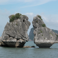 Halong Bay The Kissing Rocks