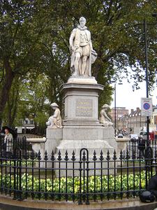 Statue Of Sir Hugh Myddleton