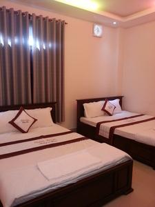 Au Lac Hotel - Bed