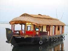 Kerala Canoe Houseboat Alleppey