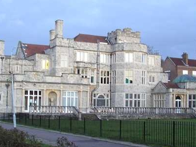Kingswood House