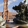 Rotes Rathaus And Neptunbrunnen