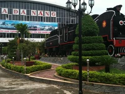 Da  Nang  Train  Stn  Front