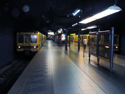Bolívar Station