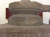 Tra  Kieu  Pedestal
