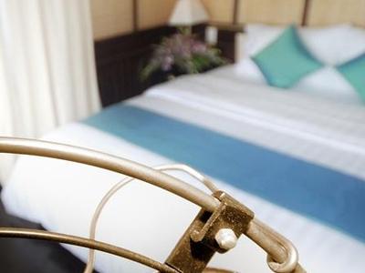 Halong Bhaya Cruise Vietnam Best Price Travel  7