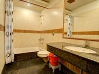 Royal Suite Bath 1 Hotel Pr Residency Amritsar