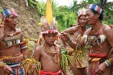 Pulau Siberut Suku Mentawai