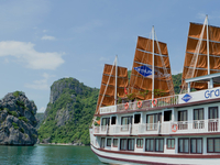 2014 04 08 03 24 05 Grayline Halong Cruise Overview1