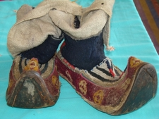Tradiotnal Ladakhi, Mongolian, Tibetan Shoes - Local Name: Papu. Period: 17th Century