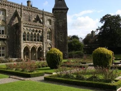 Newton House Gardens