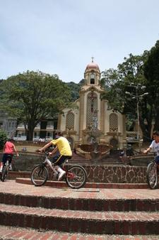 Parque E Iglesia De Fredonia