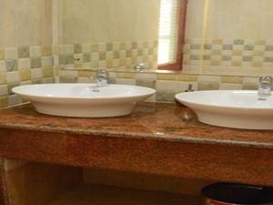 Clean Washrooms
