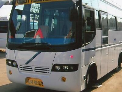 Mini Bus 5176