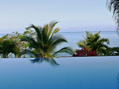 Infinity Pool Overlooking Pacific Ocean