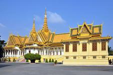 Royal Palace 01 700pixel