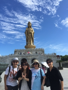 Welcoming Mount Putuo Buddha