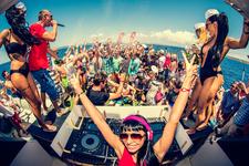 Copia De Oceanbeat Ibiza Boat Party 2015 T Dj Milana Crazy Sexy