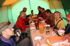Grupo En Campo Carpa Comedor