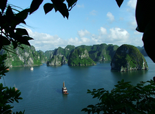 Halong Bay Cruise Luxury