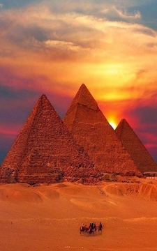 4500 Years Of Pharaonic History - Pyramids Of Gizah