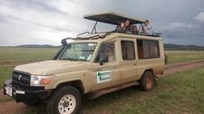 Safari Vehicle2