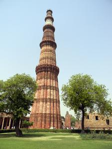 Qutub Minar Delhi 02