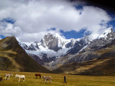 Huayhuash Trek - Peruvian Mountains Tours