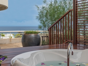 Hilton Phuket Arcadia Resort And Spa Superior Deluxe Suite Jacuzzi