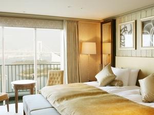 Hilton Tokyo Odaiba Royal Garden Suite 1