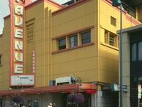 Cuarta Teatro Avenida