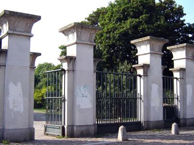 Abney Park Cemetery Gate