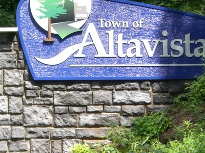 Altavista Welcome Sign
