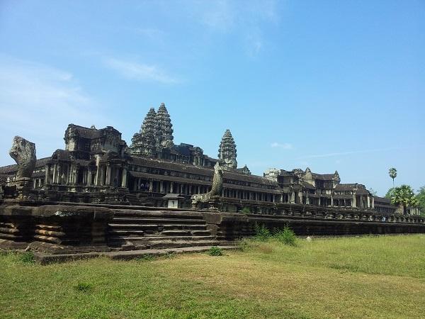 Angkor Royal Temple Tours 2 Days Photos
