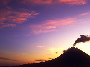 Volcan Arenal y Termales Tabacon Photos