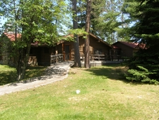 Ash River Visitor Center, Aka Meadwood Lodge
