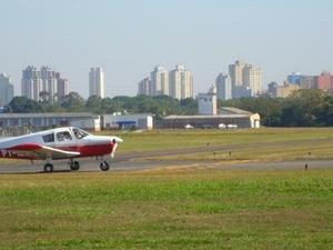 Campo de Marte Aeropuerto
