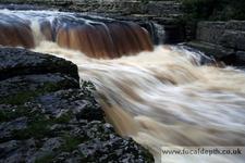 Aysgarth Falls Side