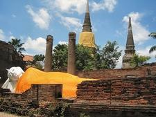 Ayutthaya Reclining Buddha Statue
