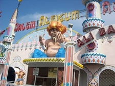 Aladin\'s Lamp Fun House