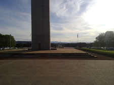 Australian American Memorial Towards Kings Avenue