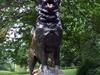 Baltos Statue