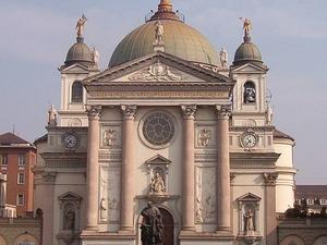 Basílica de Nuestra Señora Auxilio de los Cristianos