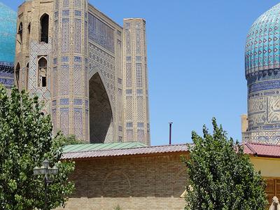 Bibi-Khanym Mosque In Samarkand