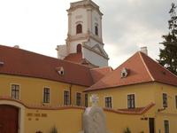 Obispo Castillo y el Palacio Episcopal
