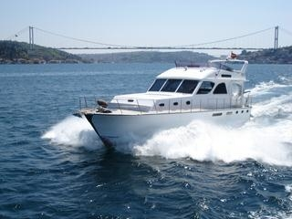 BOSPHORUS BY PRIVATE MOTOR YACHT