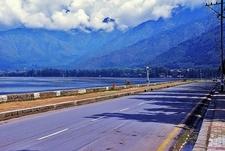 Boulevard Road In Srinagar