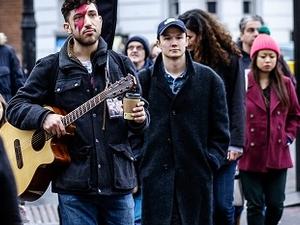 Group Discount for Bowie Tour London Fotos